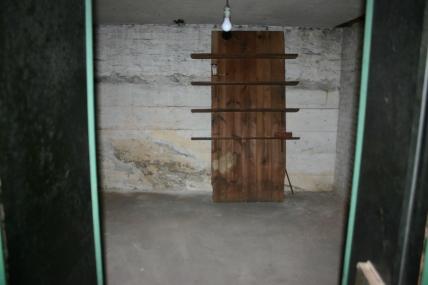 closet rear wall